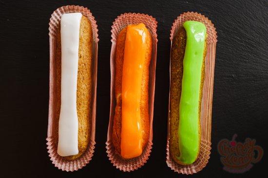 Эклеры (манго-маракуйя, пралине, шоколадный, карамельный, ванильный, фисташковый)